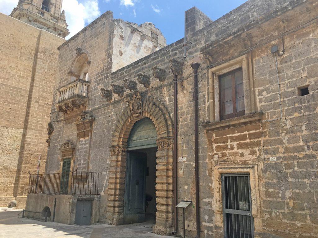 Puglia Petrucci Palace